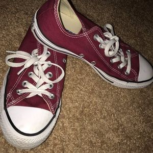 Maroon Low Top Converse - Like New